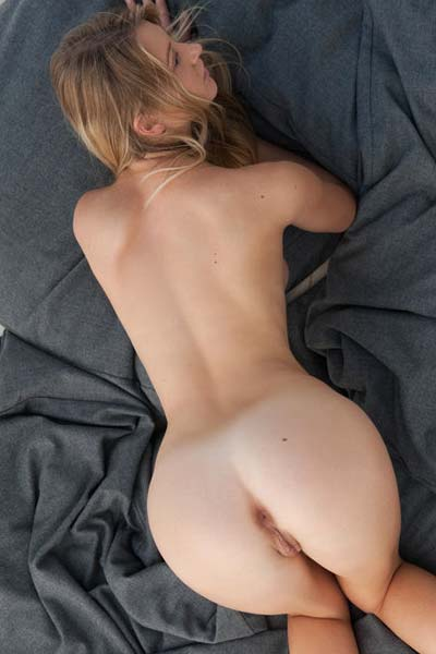 Carisha Pure Nude Art II