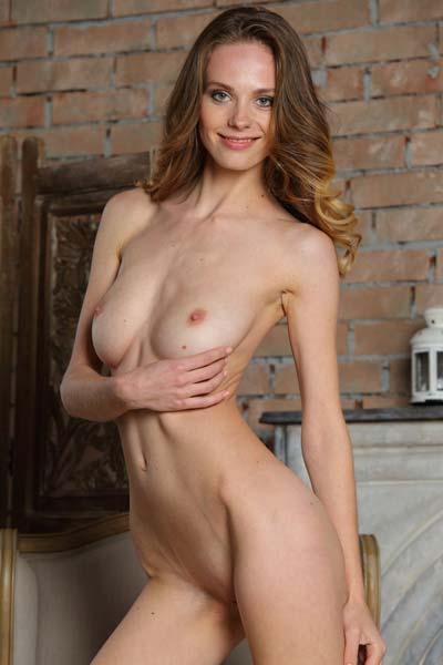 Beautiful brunette Pandora B reveals her sexy curves