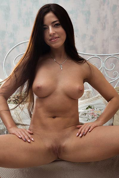 Brunette angel Bree H is feeling hot in this sweater so she take it off and got all naked