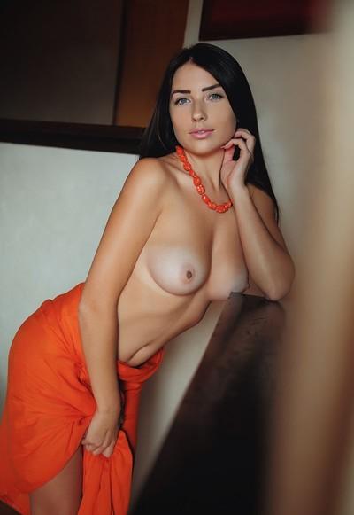 Niemira in Impress Me from Femjoy