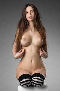 If you love brunette chicks with big tits than Alisa I is just right for you