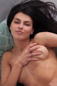 Cute chick Stefany G loves having some nice time with her wet pussy