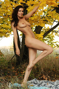 Susi R in Cover Me from Femjoy