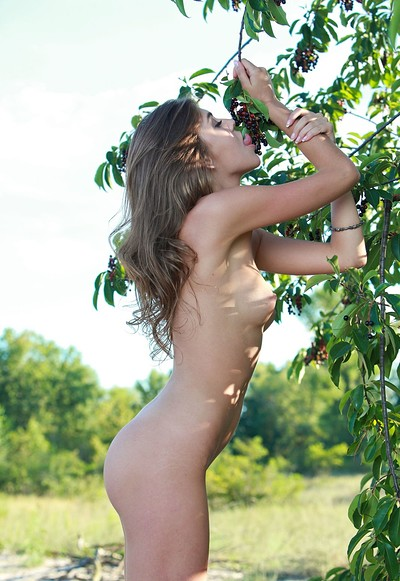 Lindsey T in Relax from Femjoy
