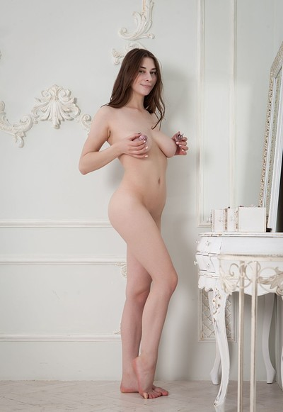 Clary K in Come To My Bed from Femjoy