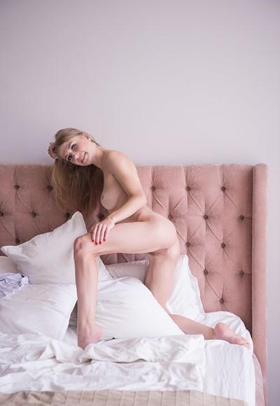 Eva Gold in Explicit from Femjoy