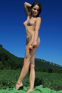 Sensual young girls Arina F is making her yummy pussy even sweeter by teasing herself with apples